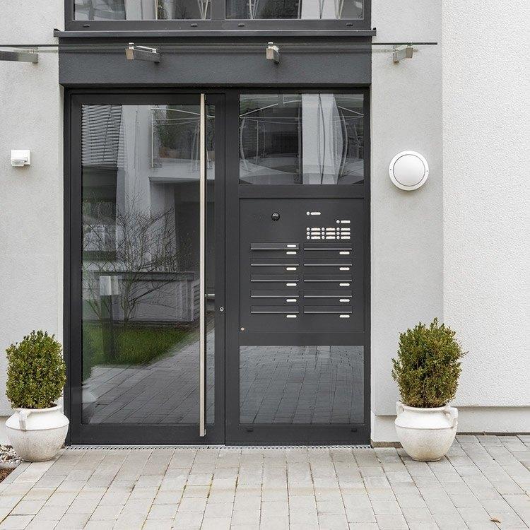 Haustur Mit Briefkasten Im Seitenteil Integriert Kaufen Neuffer De